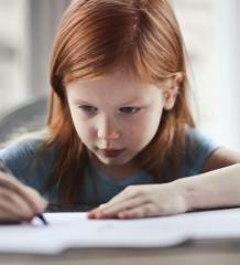 Mon enfant est-il ambidextre?